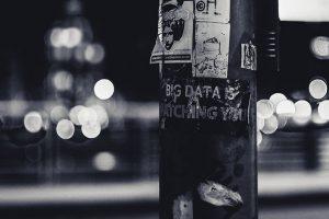 corona app virus virussen crisis covid 19 jezus god vader genezing redding bevrijding opwekking voorziening privacy prive facebook google china angst gedachten bidden gebed big data