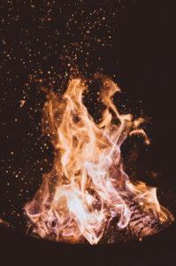 Opwekking tijd van glorie heerlijkheid jezus harde grond osborn malieveld bodenterrein bekering genezing bevrijding ploegen zaaien oogsten vuur fire glorie